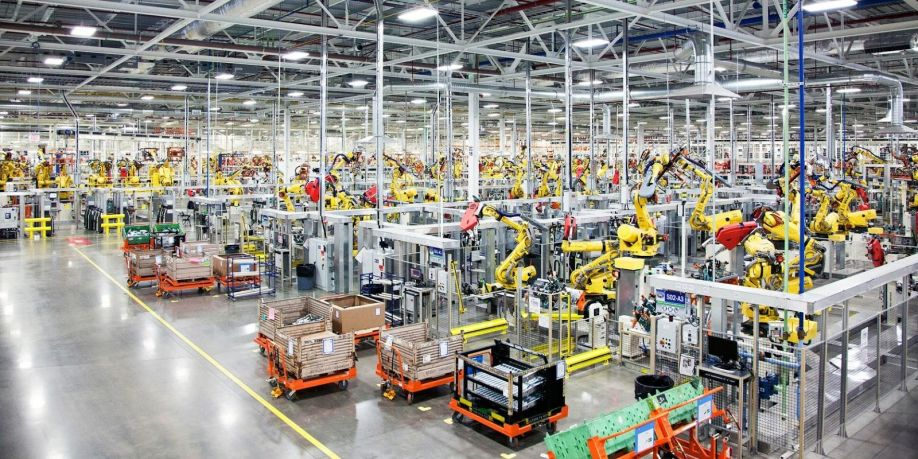 Fanuc Robots on Factory Floor to Automate Production